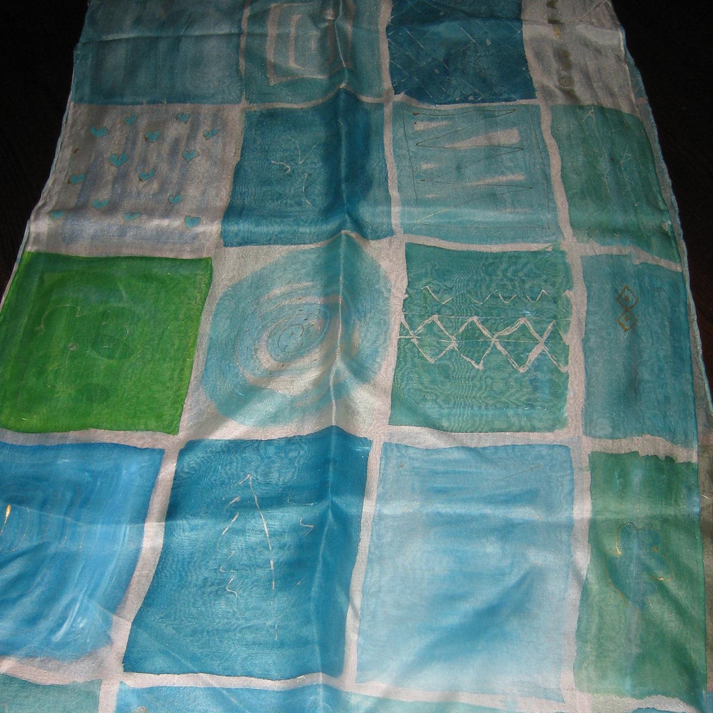 "Fular ""Cuadros verdes y azules"", crepe satén 180 x 45 cm"