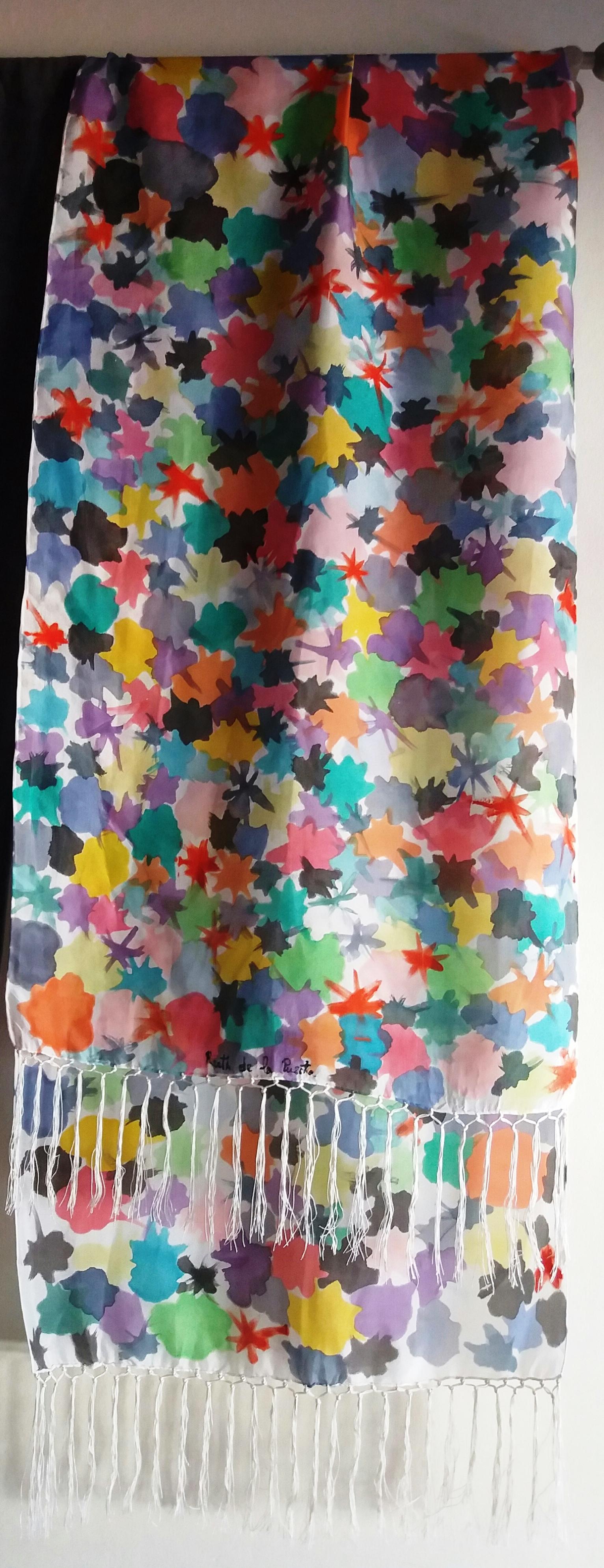 """Fular """"Manchas de colores"""" habotai con flecos 180 x 45 cm"""