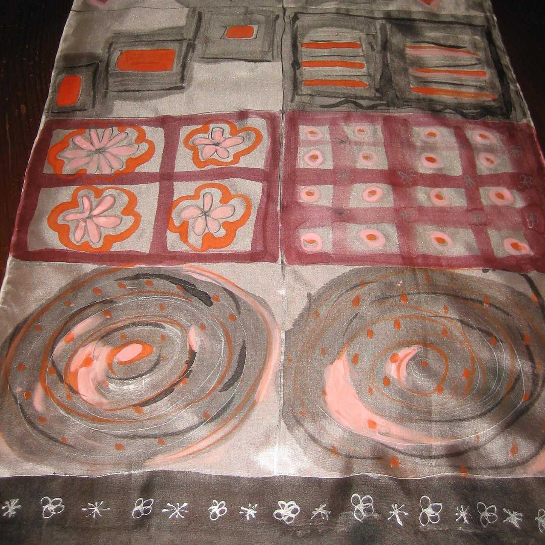 "Fular ""Negro y rosa"", crepe satén 180 x 45 cm."