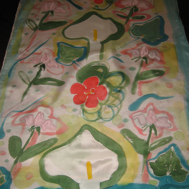 """Detalle del fular """"Calas y rosas"""", pongé 180 x 45 cm"""