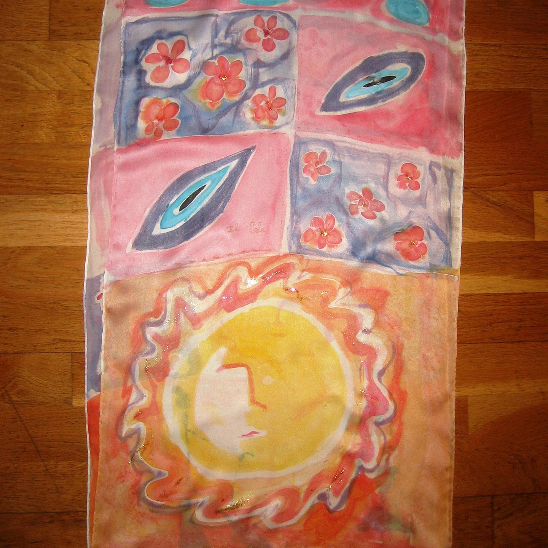 """Detalle del fular """"El Sol Marta"""", crepe satén 180 x 45 cm"""