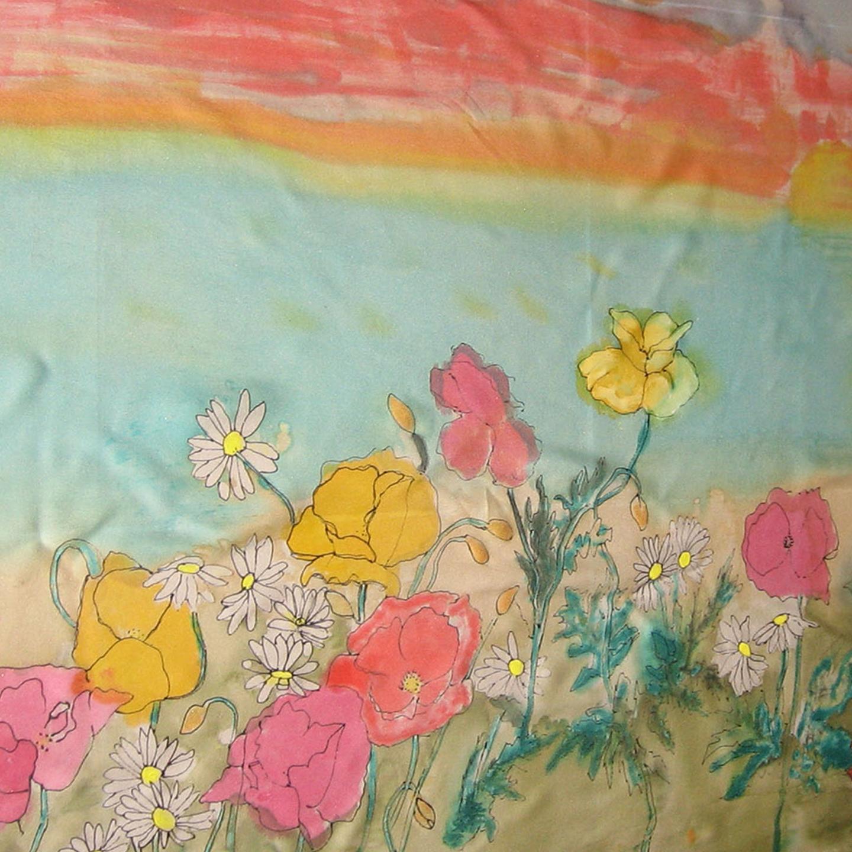 Pareo campo de flores, crepe satén 2 x 2 metros.