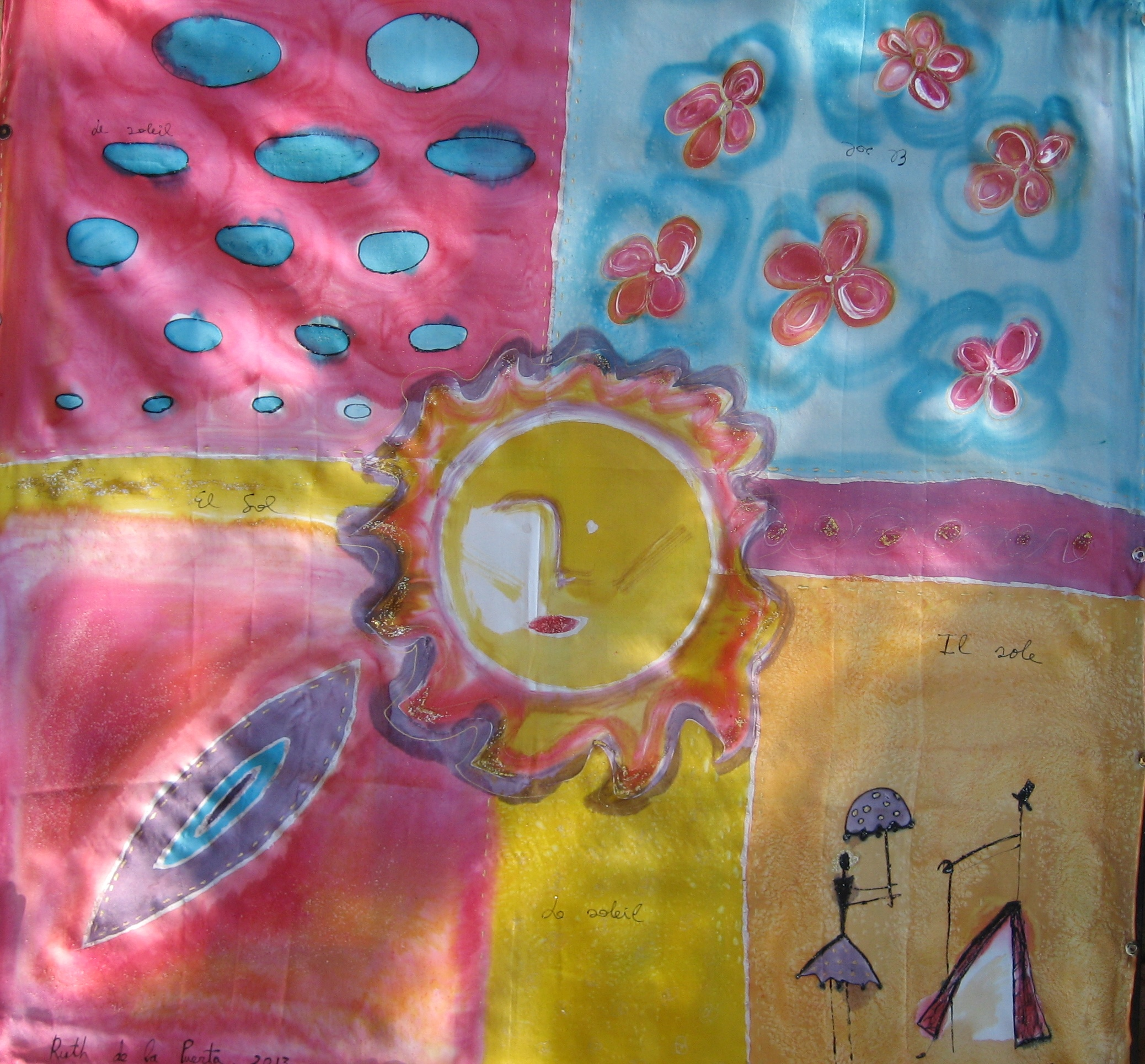 """Pañuelo """"El sol"""" crepe satin 90 x 90 cm"""
