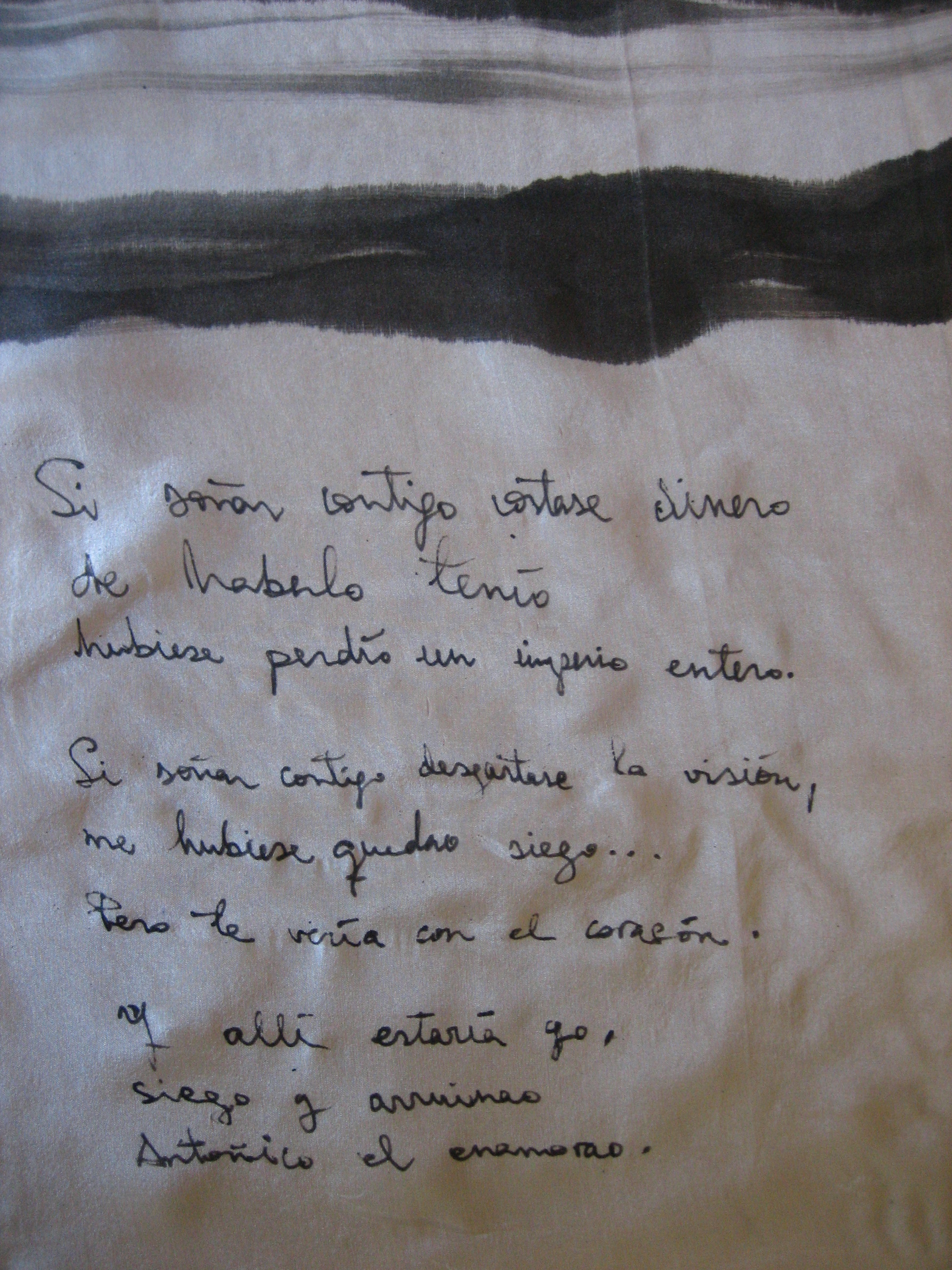Detalle poesía pañuelo de Toni Alcolea