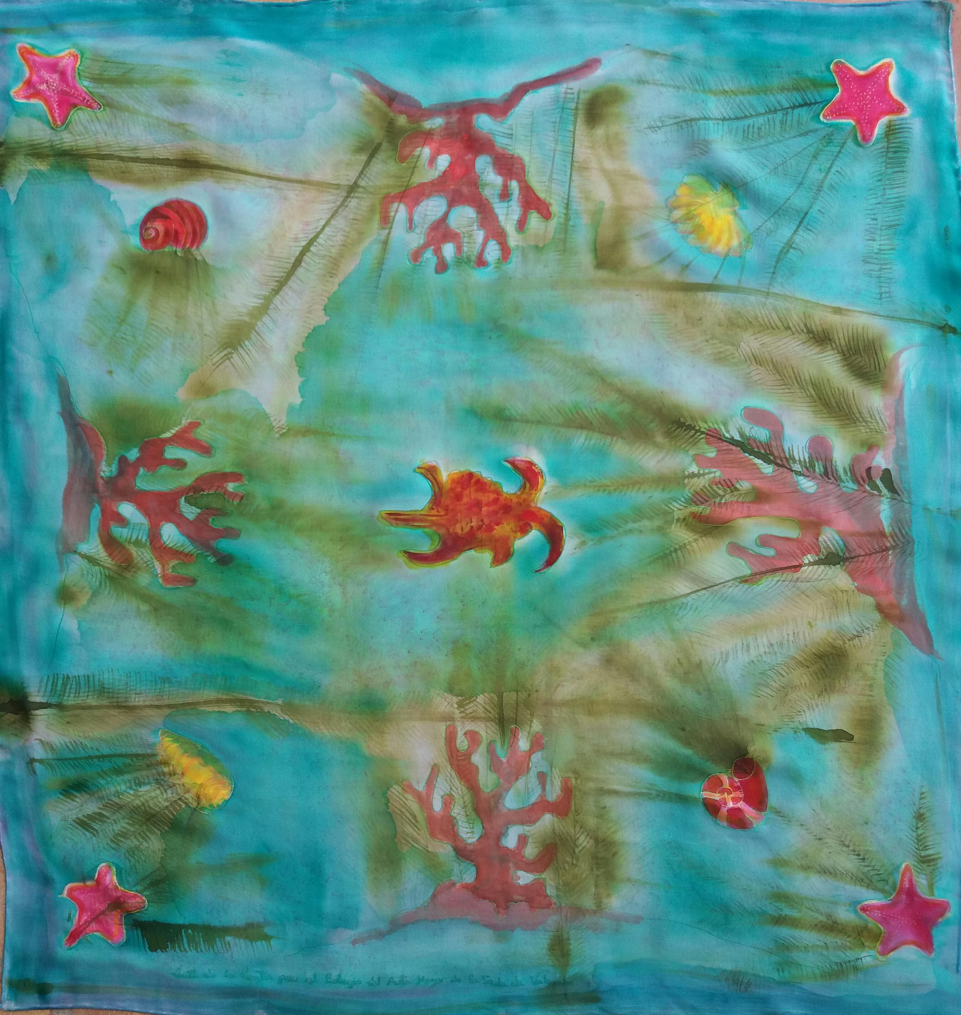 """Pañuelo """"El mar con algas y cangrejos"""", crepe satén 90 x 90 cm"""